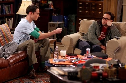 Jim Parsons E Johnny Galecki In Una Scena Dell Episodio The Lizard Spock Expansion Di The Big Bang Theory 95794