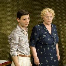Pierpaolo Zizzi e Katia Ricciarelli in un'immagine del film Gli amici del Bar Margherita