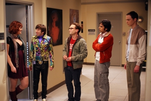 Sara Rue Ed Il Cast Di The Big Bang Theory Nell Episodio The Lizard Spock Expansion 95795
