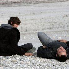 Alvaro Caleca e Filippo Timi in una scena del film Come Dio comanda
