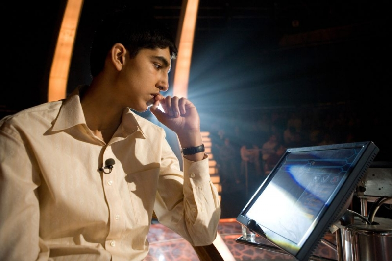 Dev Patel è il protagonista del film The Millionaire diretto da Danny Boyle