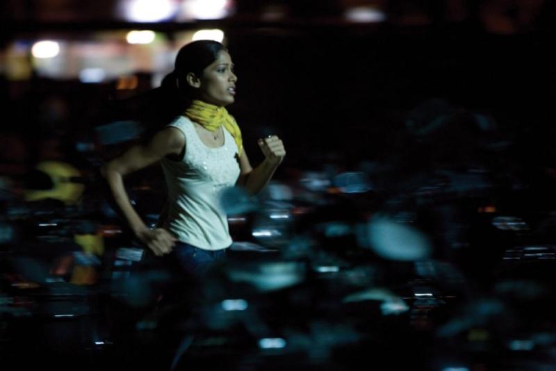 Freida Pinto In Una Scena Del Film The Millionaire 96161