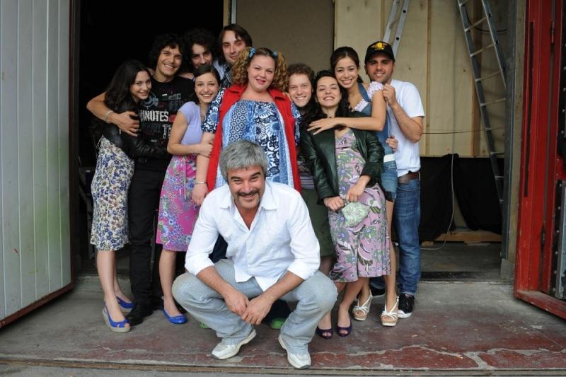 Il Regista Pino Insegno E Il Cast Di Ti Stramo 96083