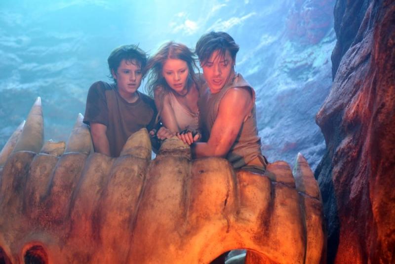 Josh Hutcherson Anita Briem E Brendan Fraser In Una Scena Del Film Viaggio Al Centro Della Terra 3D 96091