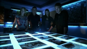 La squadra al lavoro nell'episodio Leave Out All the Rest di CSI