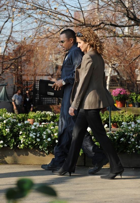 Melina Kanakaredes Insieme A Hill Harper In Una Scena Dell Episodio My Name Is Mac Taylor Della Serie Tv Csi New York 96206