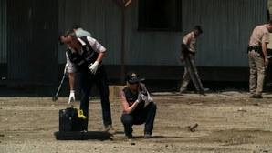 Sulla scena del crimine con la squadra della scientifica di Las Vegas nell'episodio Leave Out All the Rest