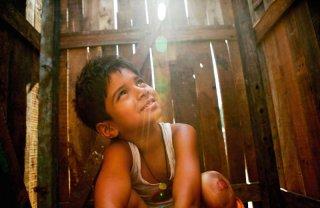 Un'immagine del film Slumdog Millionaire