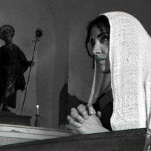 Una immagine di Emanuela Mulé nel ruolo di Francesca ne L'avvoltoio di Giuseppe Moschella