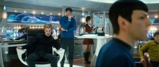 Chris Pine, Karl Urban, John Cho e Zachary Quinto in una scena di Star Trek (2009)