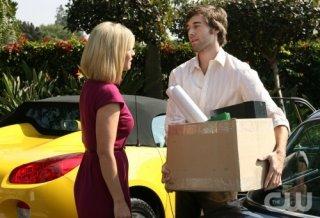Jennie Garth e Ryan Eggold nell'episodio Games People Play di 90210