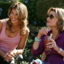 Lori Loughlin e Jessica Walter nell'episodio Games People Play di 90210