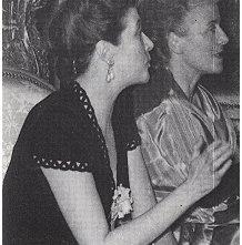 Louise de Vilmorin all'Ambasciata Svizzera nel 1947 insieme a Nora Auric.