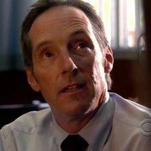 Taylor Nichols in una scena dell'episodio 'Memoriam' della serie tv Criminal Minds