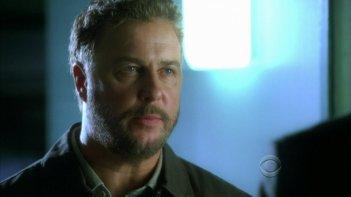 William Petersen in una scena dell'episodio 'Say Uncle' della serie tv CSI