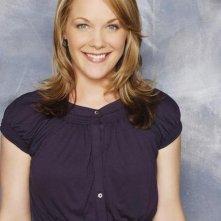 Andrea Anders in una foto promozionale di Better Off Ted