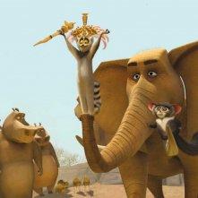 Il Re Julien insieme al suo braccio destro, il lemuro Maurice, in una scena del film Madagascar 2