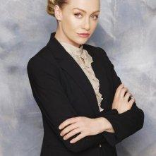 Portia de Rossi in una foto promozionale di Better Off Ted