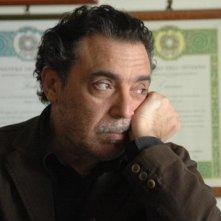 Nino Frassica in una scena del film Se chiudi gli occhi