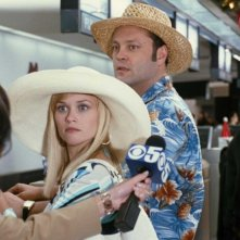 Reese Witherspoon e Vince Vaughn in una scena della commedia Four Christmases