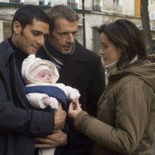 Pascal Elbé, Lambert Wilson e Pilar López de Ayala in una scena del film Baby Love