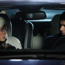 Diane Fleri e Luca Argentero in una scena del film Solo un padre