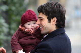 Luca Argentero interpreta un padre single nel film di Luca Lucini, Solo un padre
