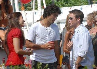 Adrian Grenier e Kevin Connolly una sequenza dell'episodio 'Return to Queens Blvd' della quinta stagione di Entourage