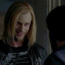 Alexander Skarsgård in una scena dell'episodio You'll Be the Death Of Me della serie True Blood