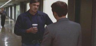 Gus Van Sant e Kevin Connolly una scena dell'episodio 'Return to Queens Blvd' della quinta stagione di Entourage