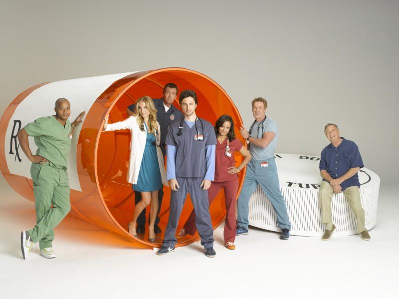 Il Cast Di Scrubs In Un Immagine Promozionale Dell Ottava Stagione 97891