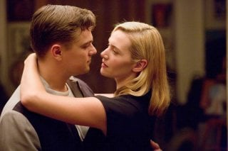 Leonardo DiCaprio e Kate Winslet in un'immagine di Revolutionary Road