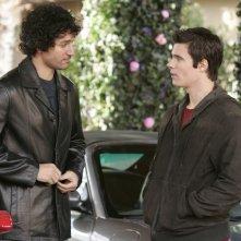 Ryan Sypek in una scena dell'episodio 'Addio Socio' della terza stagione della serie televisiva Wildfire