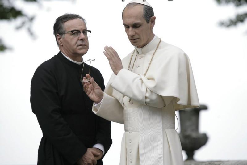 Mauro Marino E Fabrizio Gifuni Papa Montini In Una Scena Della Fiction Paolo Vi Il Papa Nella Tempesta 98164