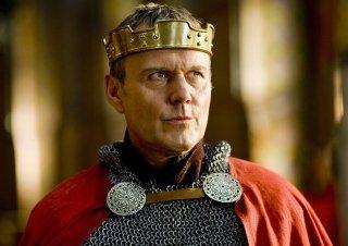 Anthony Head è Re Uther Pendragon nella serie Merlin