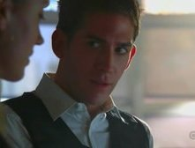 Eric Szmanda e Lauren Lee Smith in una scena dell'episodio Woulda, Coulda, Shoulda di CSI.