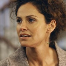 Amy Brenneman in una scena dell'episodio 'Addison dà una festa' della prima stagione di Private Practice