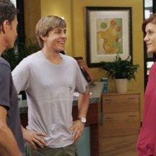 Chris Lowell, Tim Daly e Kate Walsh nel pilot della serie tv Private Practice