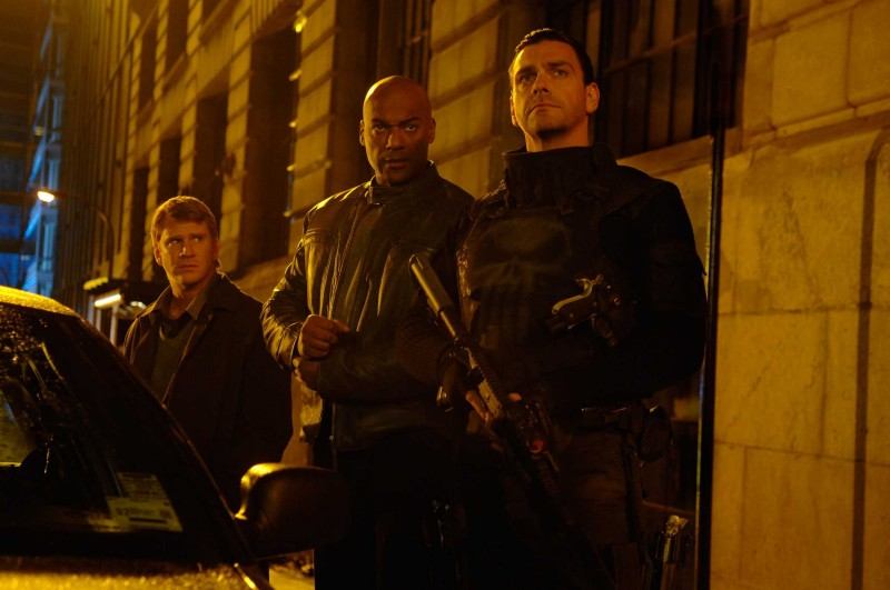 Dash Mihok Colin Salmon E Ray Stevenson In Una Scena Del Film Punisher War Zone 98424