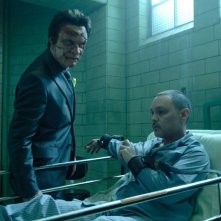 Dominic West e Doug Hutchison in una scena del film Punisher: War Zone