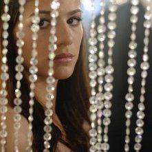Genevieve Cortese in una scena dell'episodio 'Amicizia e passioni' della quarta stagione di Wildfire