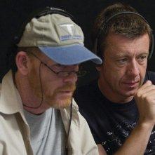 Il regista Ron Howard e lo sceneggiatore Peter Morgan sul set del film Frost/Nixon