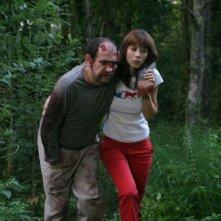 Karra Elejalde e Bárbara Goenaga in una scena del film Timecrimes