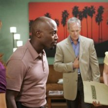 Matt Riedy, Taye Diggs, Audra Mc Donald e Kate Walsh nel pilot della serie tv Private Practice