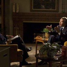 Michael Sheen e Frank Langella in una scena del film Frost/Nixon
