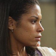 Susan Kelechi Watson in una scena dell'episodio 'Una visita inaspettata' della serie tv Private Practice