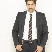 Adam Goldberg in una foto promozionale della serie tv The Unusuals