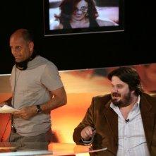 Il regista Riccardo Milani e Giuseppe Battiston sul set di Tutti pazzi per amore