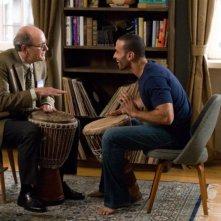 Richard Jenkins e Haaz Sleiman in un'immagine del film L'ospite inatteso