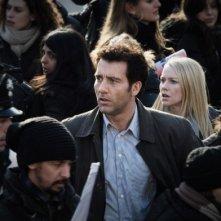 Clive Owen e Naomi Watts in un'immagine del film The International